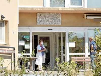 Coronavirus : le bilan s'alourdit à huit morts à l'Ehpad, l'inquiétude grandit à Sévérac-d'Aveyron