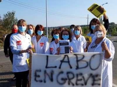 Laboratoire en grève à Figeac :