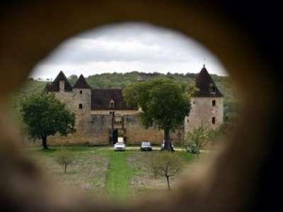 Lot: mis aux enchères, le château de Léo Ferré a reçu une offre à 1,6 million d'euros