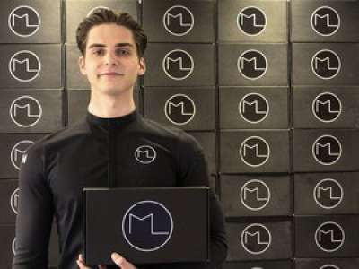 Toulouse : un pâtissier de 21 ans lance des kits pour permettre à tout le monde de créer des pâtisseries haut de gamme