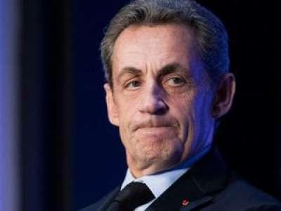 Une fête clandestine est organisée chez ses voisins, Nicolas Sarkozy appelle la police