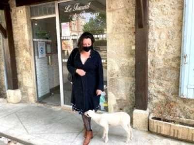 En Lot-et-Garonne, la porte-parole de la Confédération Paysanne a une brebis pour animal de compagnie