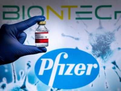 L'infirmière se trompe, une jeune Italienne reçoit par erreur six doses du vaccin Pfizer