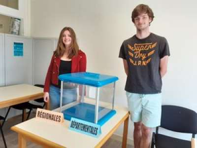 Castres : à 18 ans et 2 jours, il a tenu un bureau de vote avec sa sœur de 23 ans