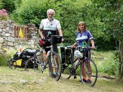 Ariège : à 62 et 65 ans, un tour de France à vélo autonome pour Jacky et Annick Grange