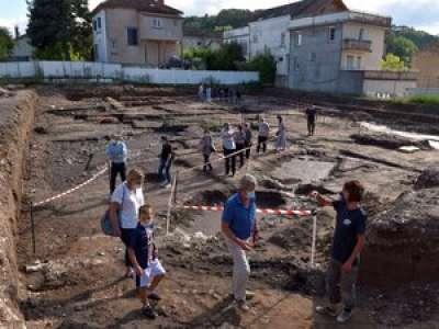 Lot : un complexe sportif antique découvert à Cahors lors de fouilles archéologiques près de pont Valentré