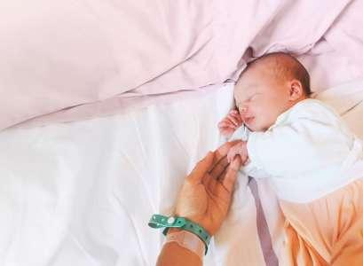 Accouchement et coronavirus: comment ces mamans ont vécu la naissance