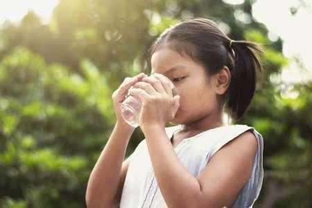 Les bons gestes et les conseils chez l'enfant en cas de canicule