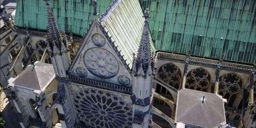 A la basilique de Saint-Denis, on peut s'initier autravail de la pierre dans les règles de l'art