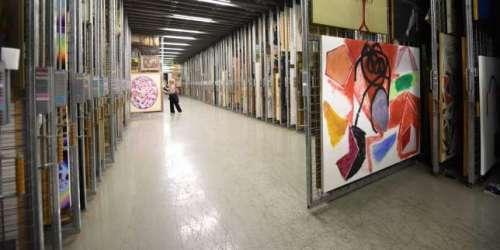 Le Centre national des arts plastiques en plein chantier des collectionsavant son déménagement