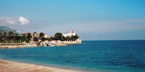 Sur la Côte d'Azur, la Villa Kérylos revisitée par Hubert Le Gall