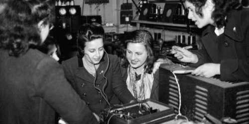 Cinq podcasts pour fêter les 100ans de la radio