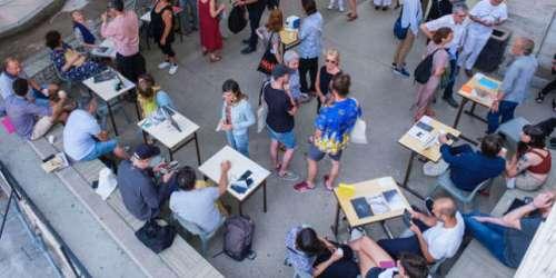 Aux rencontres d'Arles, les éditeurs de livres de photo français font cause commune