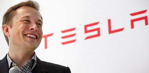 Elon Musk envisage de vendre l'autopilot de Tesla à la concurrence