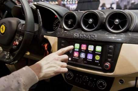 Le smartphone en voiture peut être espionné