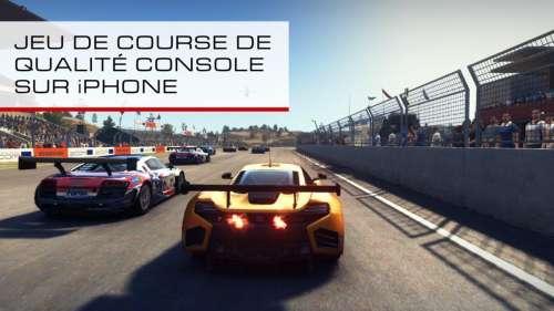 GRID Autosport supporte les manettes PS5 et Xbox Series X