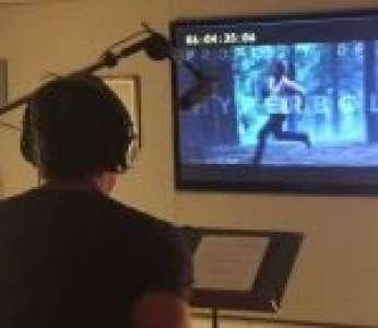 L'acteur Hugh Jackman fait le doublage d'une scène du film « Logan »