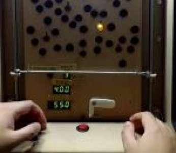 Démonstration du jeu électromécanique « Secrets of the Deep » de Noguo (Japon)
