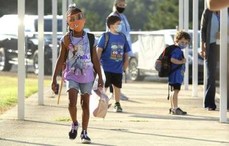 Le point sur les risques de la COVID-19 pour les enfants d'âge scolaire