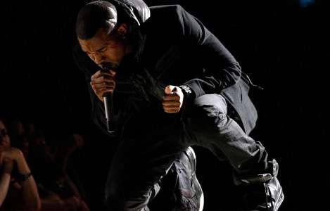 Des baskets de Kanye West vendues 1,8million de dollars