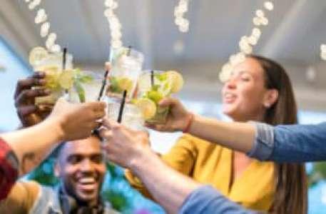 Les jeunes et l'alcool : quels sont les risques et comment les éviter ?