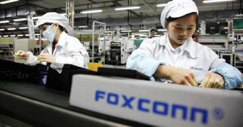 iPhone 13 : Foxconn va embaucher 100 000 ouvriers supplémentaires pour faire face à la demande