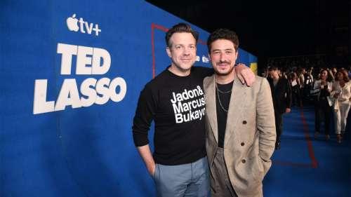 Apple partage des photos de l'avant-première de Ted Lasso saison 2 (avec Tim Cook !)