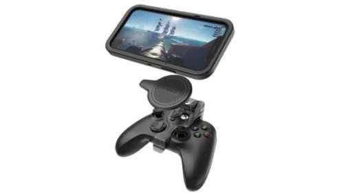 Otterbox dévoile un accessoire MagSafe pour relier un iPhone à une manette Xbox