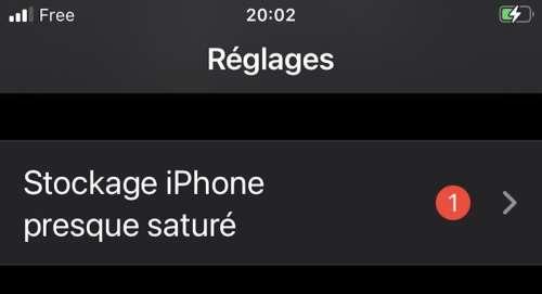 iOS 15 : un bug affiche «stockage iPhone presque saturé»