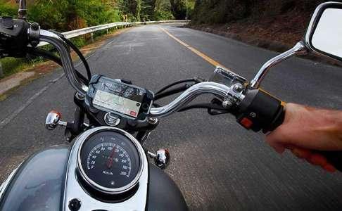 iPhone, moto, vibrations : faites attention à l'appareil photo, dit Apple