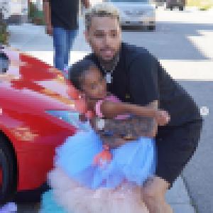 Chris Brown : Papa comblé, il gâte sa fille Royalty pour son anniversaire