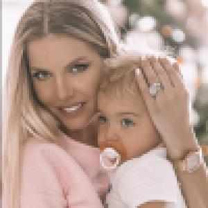 Jessica Thivenin enceinte : elle a quitté l'hôpital après ses frayeurs, le bonheur de retrouver son fils