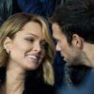 Caroline Receveur et Hugo Philip, in love dans les tribunes du match PSG-OM