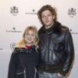 Victoria Monfort : Soirée essayages devant son chéri, le fils d'Élie Chouraqui