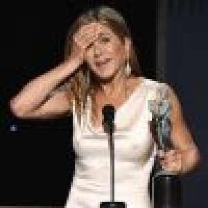 Jennifer Aniston et Brad Pitt tactiles aux SAG awards : Elle réagit