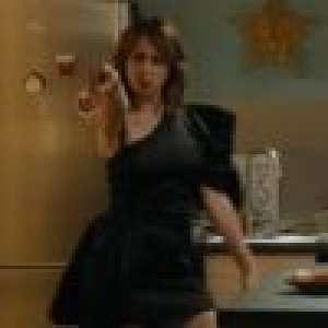 Fais pas ci, fais pas ça : Valérie Bonneton en robe fendue, elle se prend pour Céline Dion ! (EXCLU)