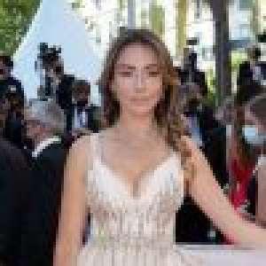 Cannes 2021 : Delphine Wespiser et Alicia Aylies très décolletées et en transparence