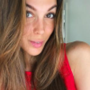 Iris Mittenaere sans maquillage et critiquée : lassée, elle répond quand même aux haters