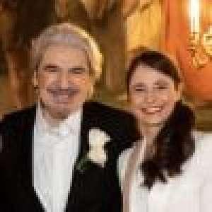 Mariage de Serge Lama et Luana : des mariés radieux à l'église, un célèbre chanteur invité