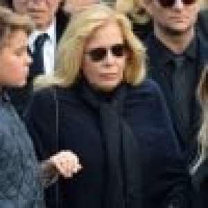 Sylvie Vartan n'accepte pas la mort de Johnny Hallyday :