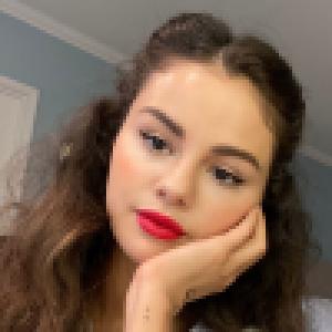 Selena Gomez transformée : son nouveau look surprend des millions d'internautes