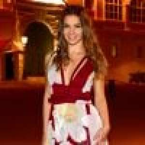 Denitsa Ikonomova divine en robe fendue, l'éclate avec Kev Adams et Candice Pascal au Grand Dîner