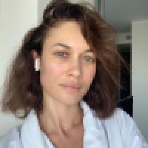 Coronavirus : Olga Kurylenko contaminée et confinée chez elle