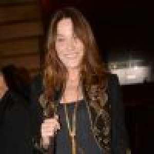 Carla Bruni : Tendres câlins avec Giulia et Aurélien pour la fête des Mères