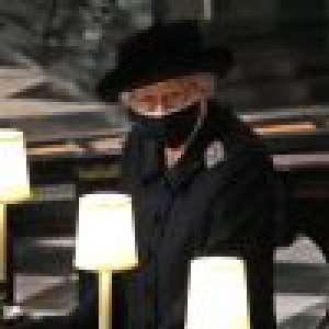 Elizabeth II de retour après les obsèques du prince Philip : fini le noir, elle retrouve le sourire
