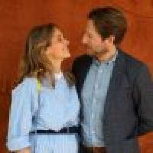 Ophélie Meunier enceinte et amoureuse à Roland-Garros : son ventre très arrondi attire tous les regards