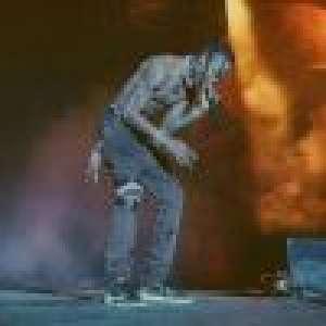 Travis Scott : L'ex de Kylie Jenner se brise le genou en plein concert