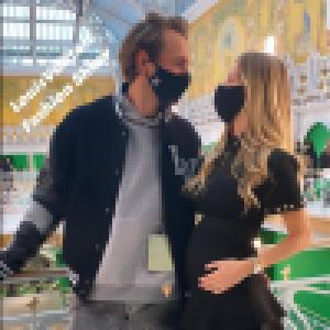Lucas Pouille : Avec sa femme Clémence enceinte pour une Fashion Week en amoureux