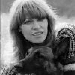 Mort de Nathalie Delon : sa belle-fille, Sveva Alviti, lui rend un bel hommage,