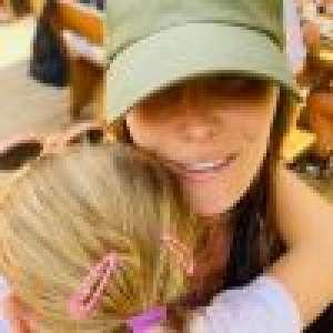 Carla Bruni : Tendres câlins avec sa fille Giulia et virée champêtre